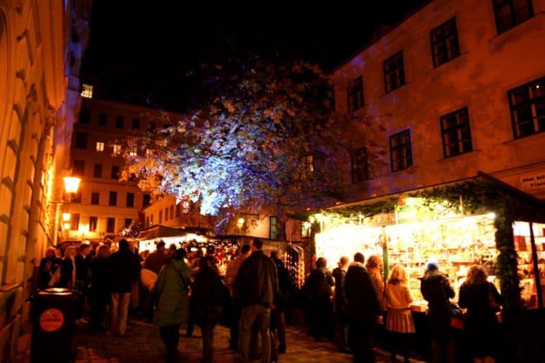 Kerstmarkten in Wenen