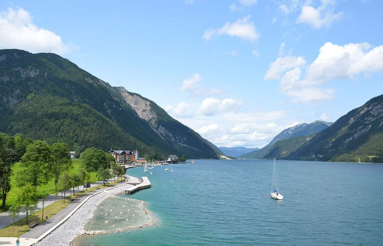 Een van de deelstaten van Oostenrijk is Tirol