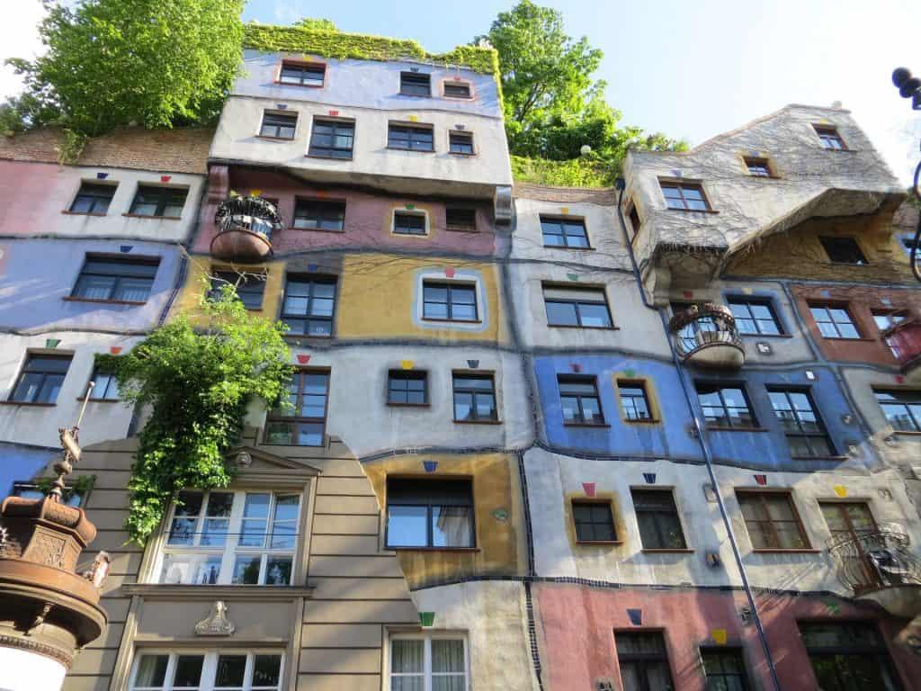 Het Hundertwassserhaus in Wenen