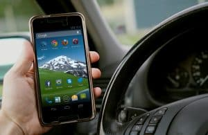 gebruik in Oostenrijk geen mobieltje achter het stuur