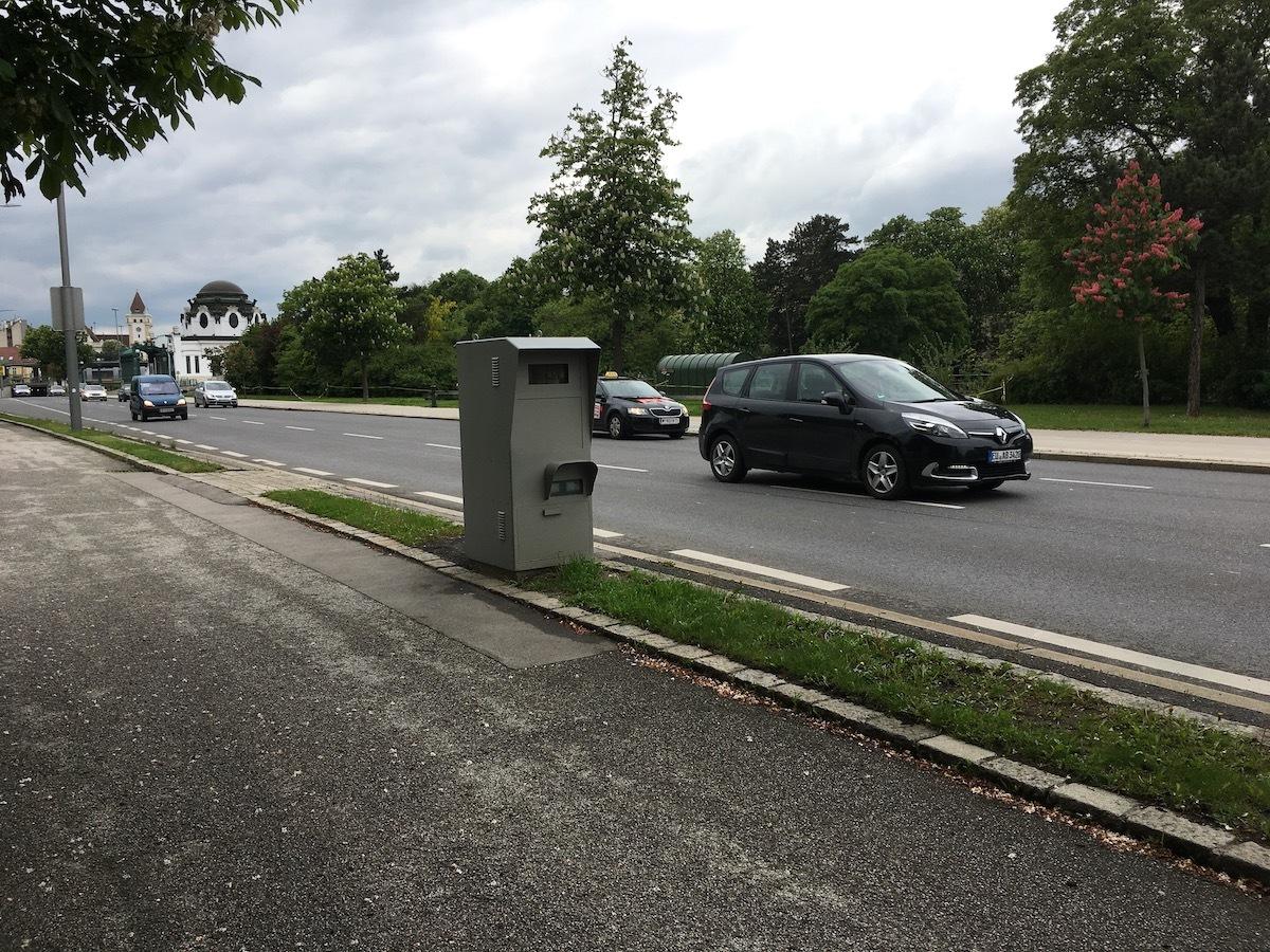 Flitspaal Oostenrijk verkeersboete Oostenrijk