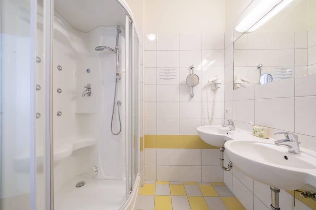 Landal Rehrenberg park badkamer