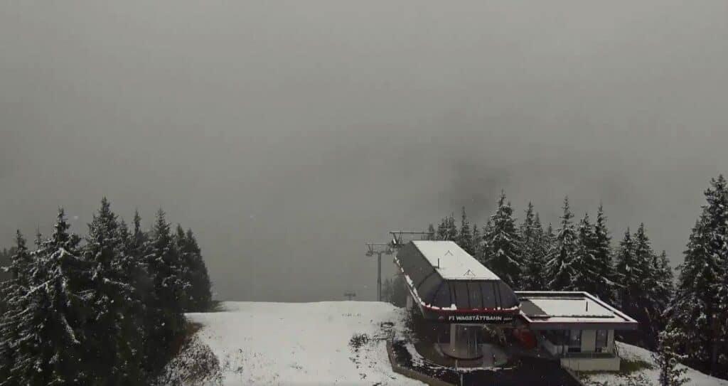 De eerste sneeuw is daar